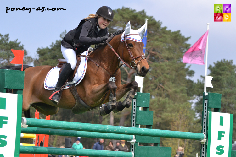 1er. Agathe Line (Fra) et Olabelle de Berce - ph. Poney As