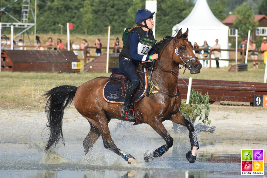 Le fils de Teake It Easy SL, Virtuose Teakitina, termine vice-champion de France As Poney Elite de CCE - ph. Poney As
